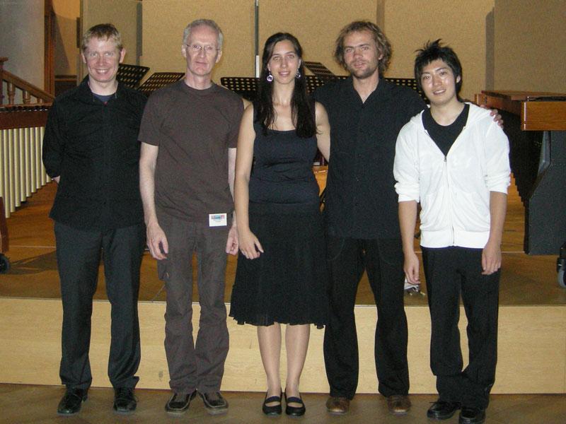 M8 · Die Musiker mit Komponist
