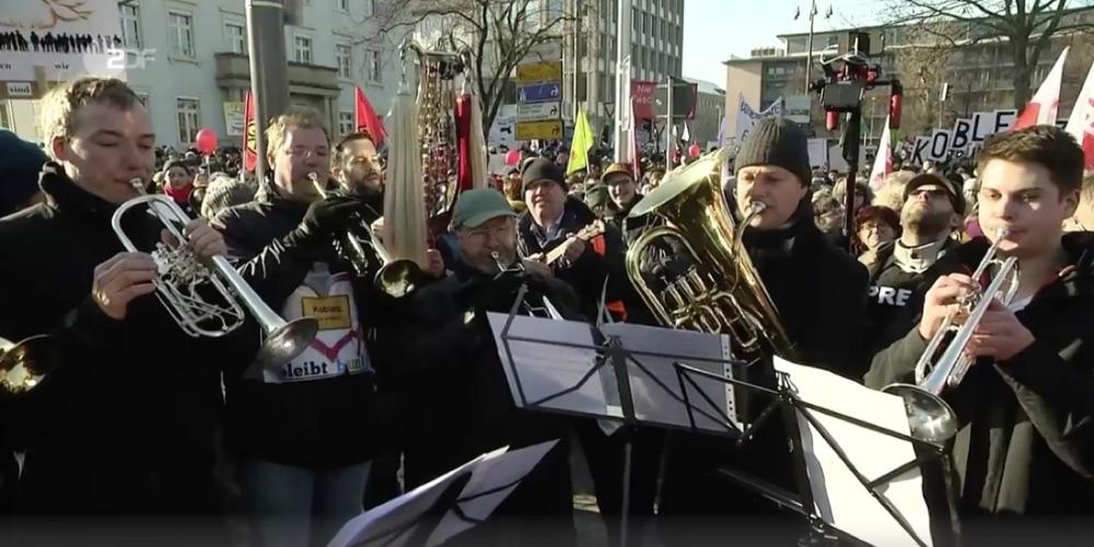 Glockenspiel mit Bläser-Ensemble im ZDF am 21. Januar 2017