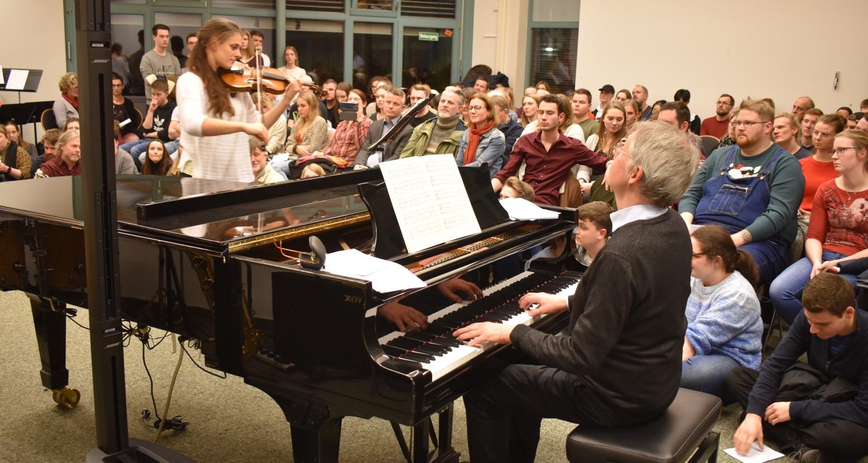 Johanna Scheele (Violine) · Weihnachtskonzert · 18. Dezember 2019
